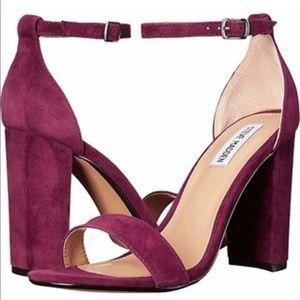 Brand new never worn Steve Madden Carrson heel